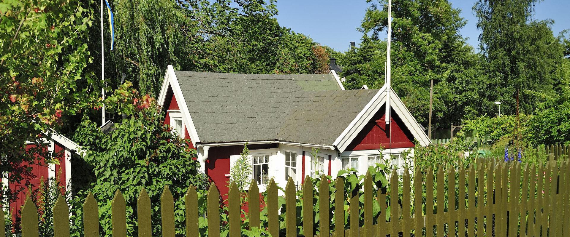 Köp av fastighet i Sverige efter skattemässig utflyttning