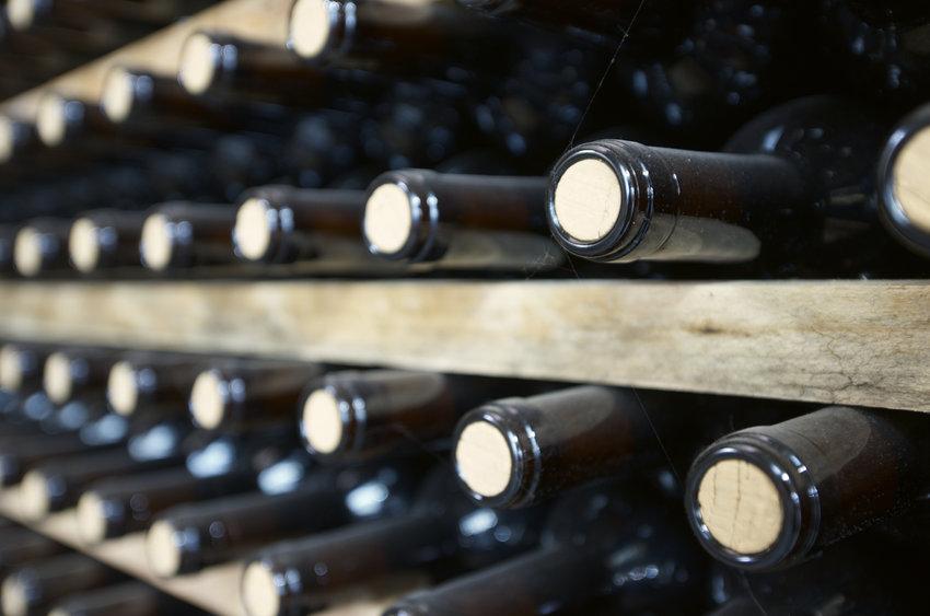 Lagring spanska viner
